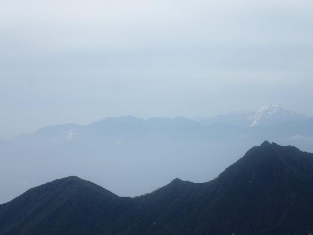 赤岳から見る鳳凰三山