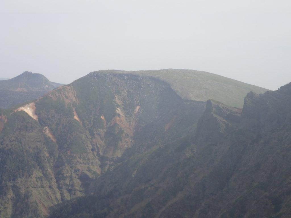 赤岳から見る硫黄岳