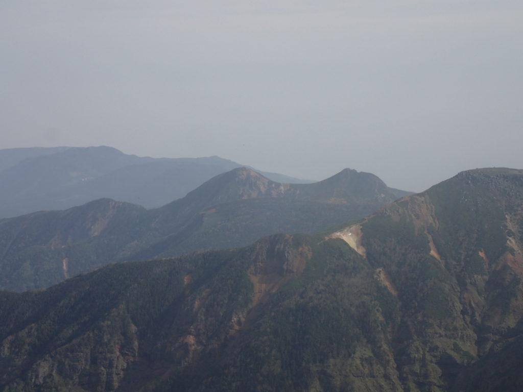 赤岳からみる天狗岳