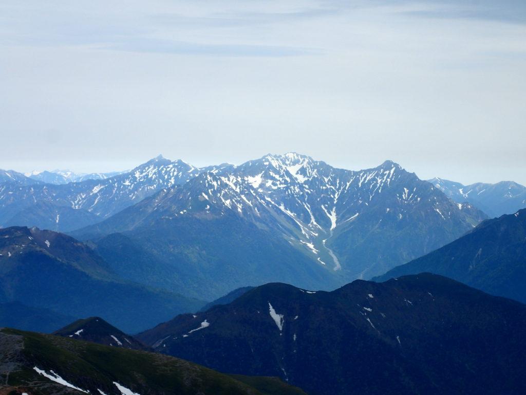 乗鞍岳最高峰の剣ヶ峰から見る槍穂高
