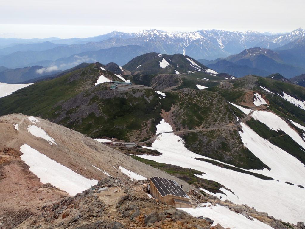 乗鞍岳最高峰の剣ヶ峰から見る摩利支天
