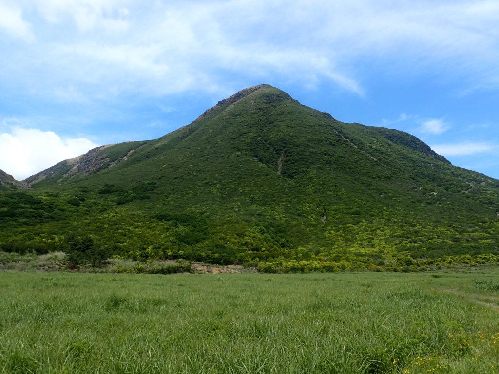 坊ガツルから見る三俣山