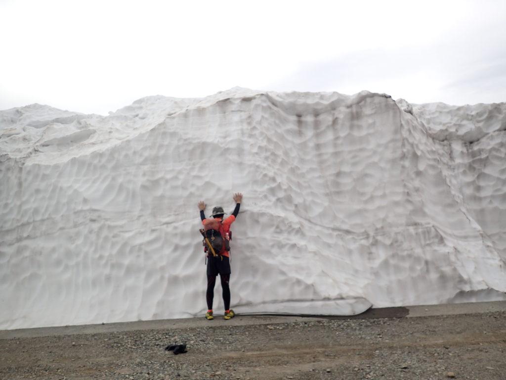 乗鞍岳の雪の壁