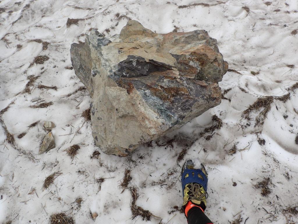 白馬岳大雪渓の落石