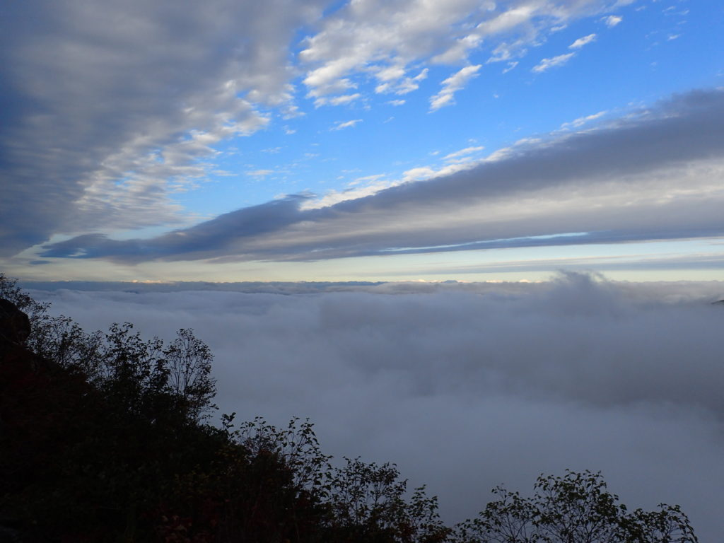 白山の観光新道から眺める雲海