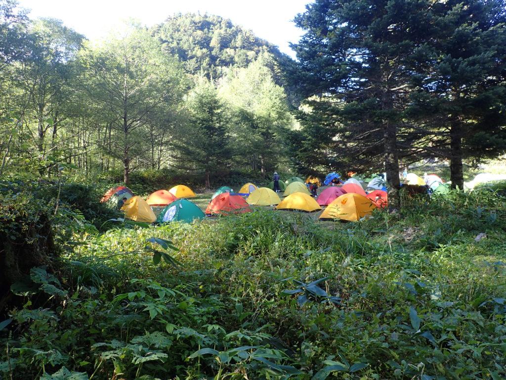 上高地の横尾山荘のテント場