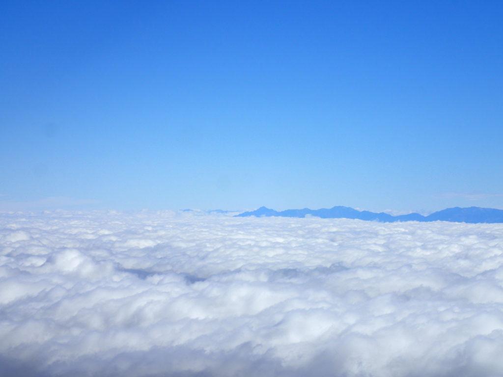 白山の大汝峰から見る剱岳
