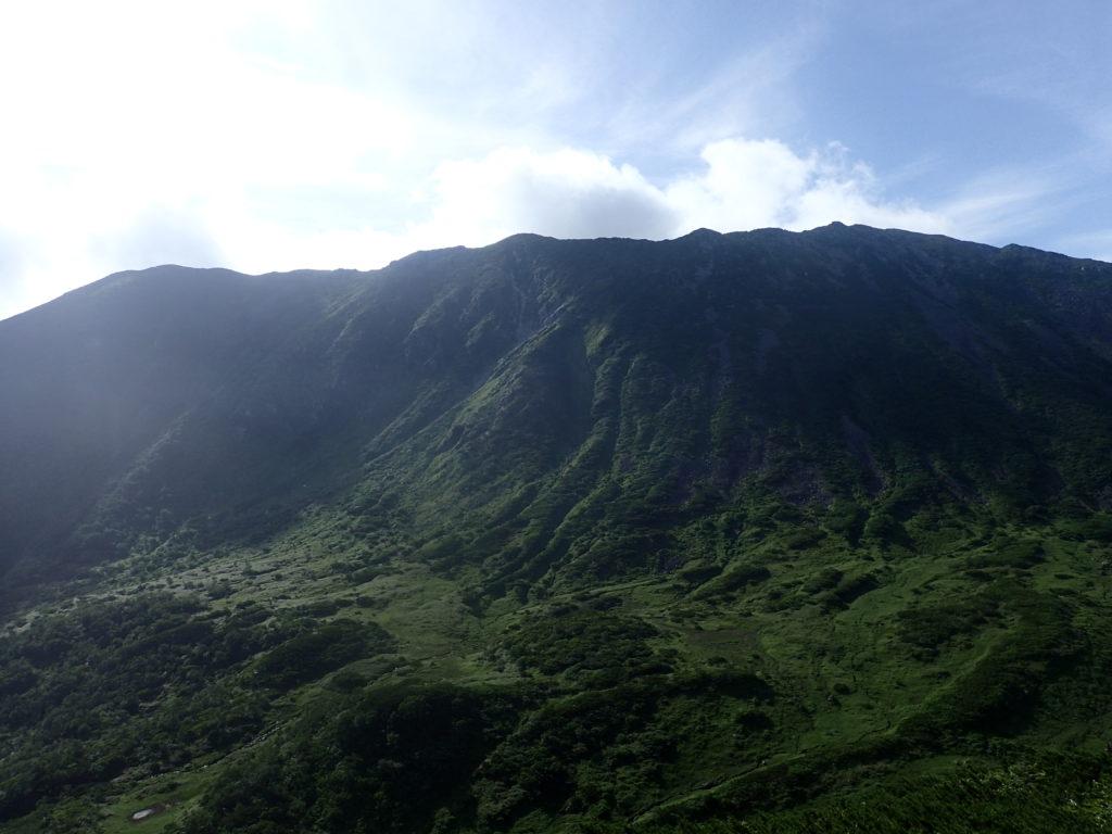 幌尻岳の山頂方向
