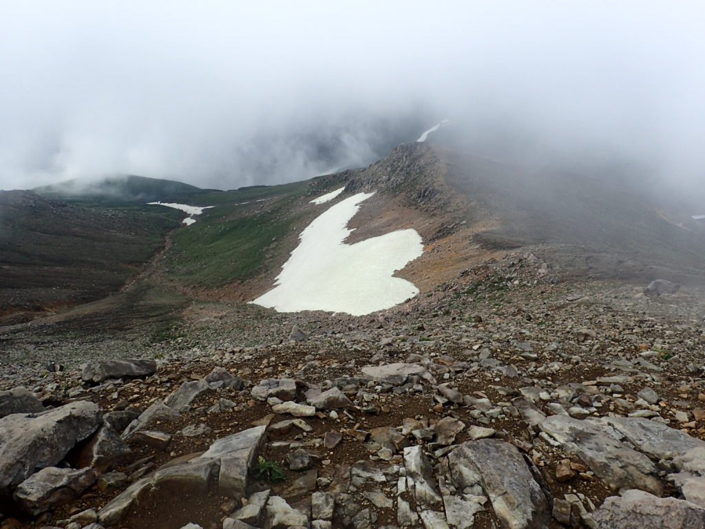 十勝岳の雪渓