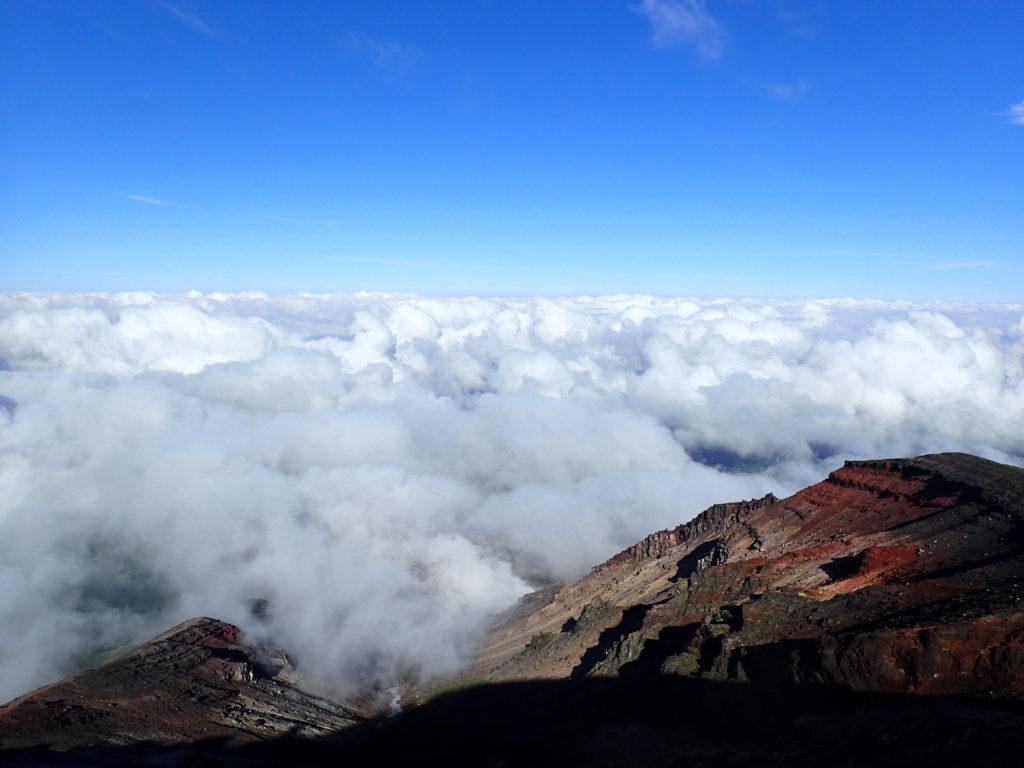 旭岳山頂から見る雲海