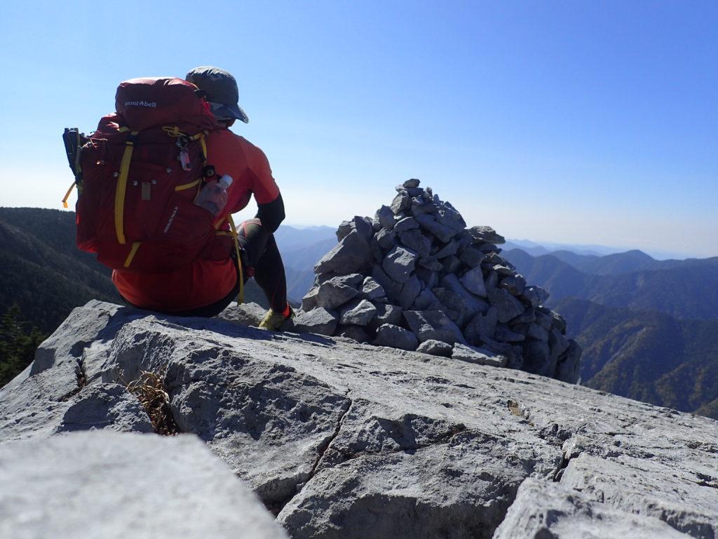 光岳で記念撮影