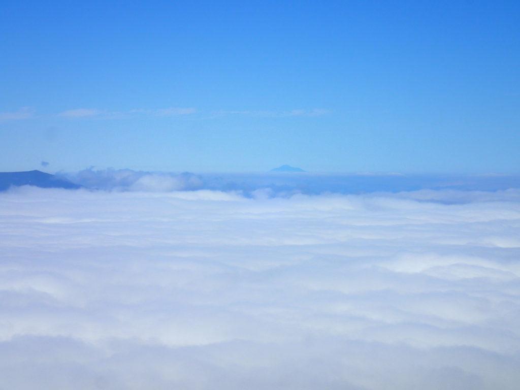 斜里岳から見る国後島