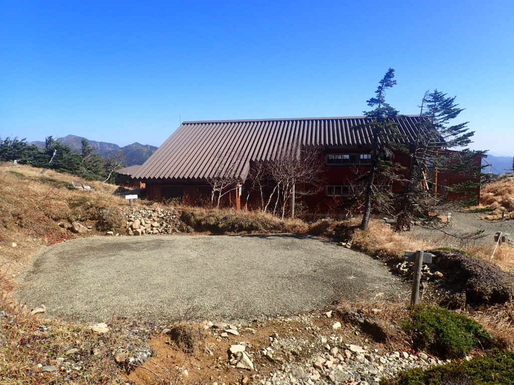 光小屋とテント場