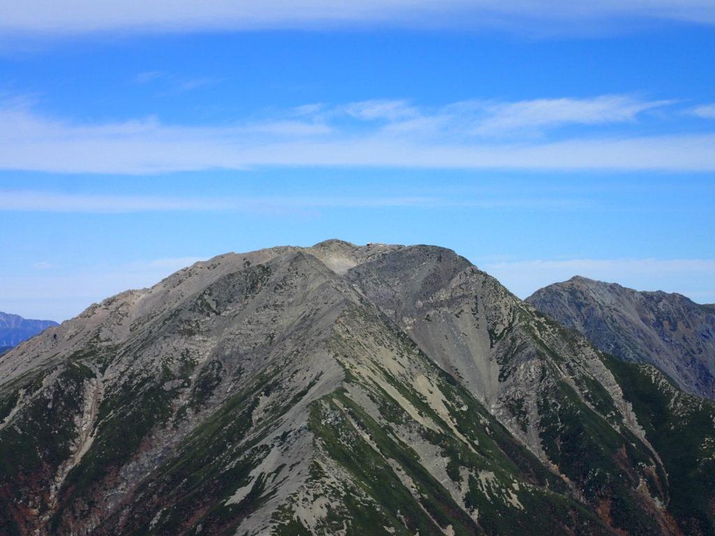 赤石岳山頂の赤石岳避難小屋