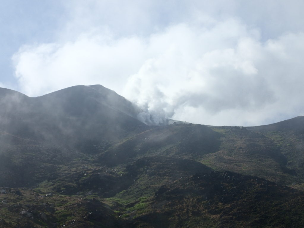 十勝岳の噴煙