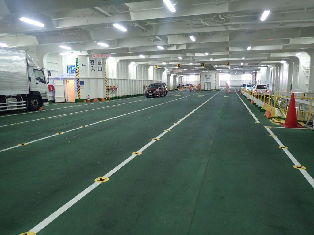 津軽海峡フェリーの駐車スペース