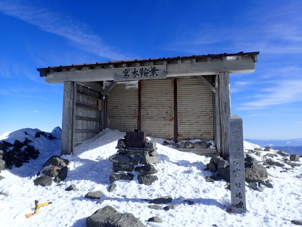 厳冬期の乗鞍岳山頂n乗鞍本宮