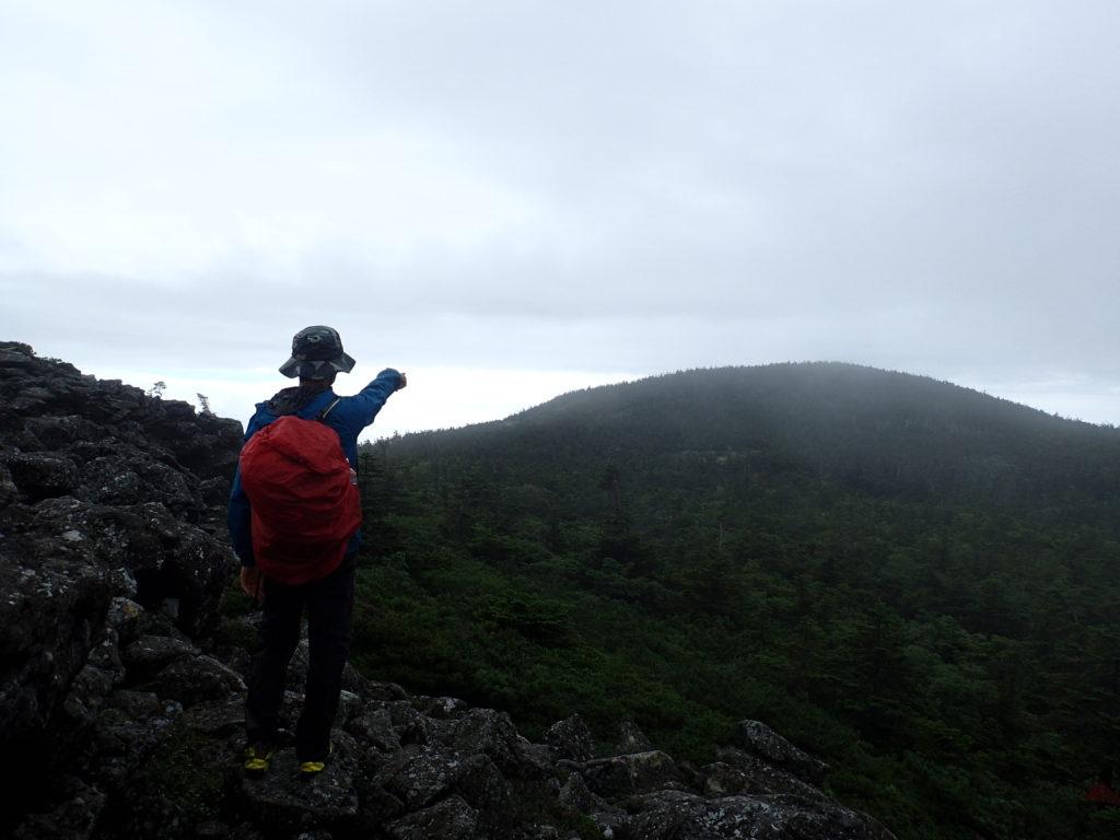 ひと夏での日本百名山全山日帰り登山67座目の吾妻山(西吾妻山)登山での記念写真