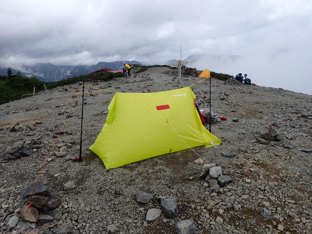 ソロ登山の際に設営したツェルト