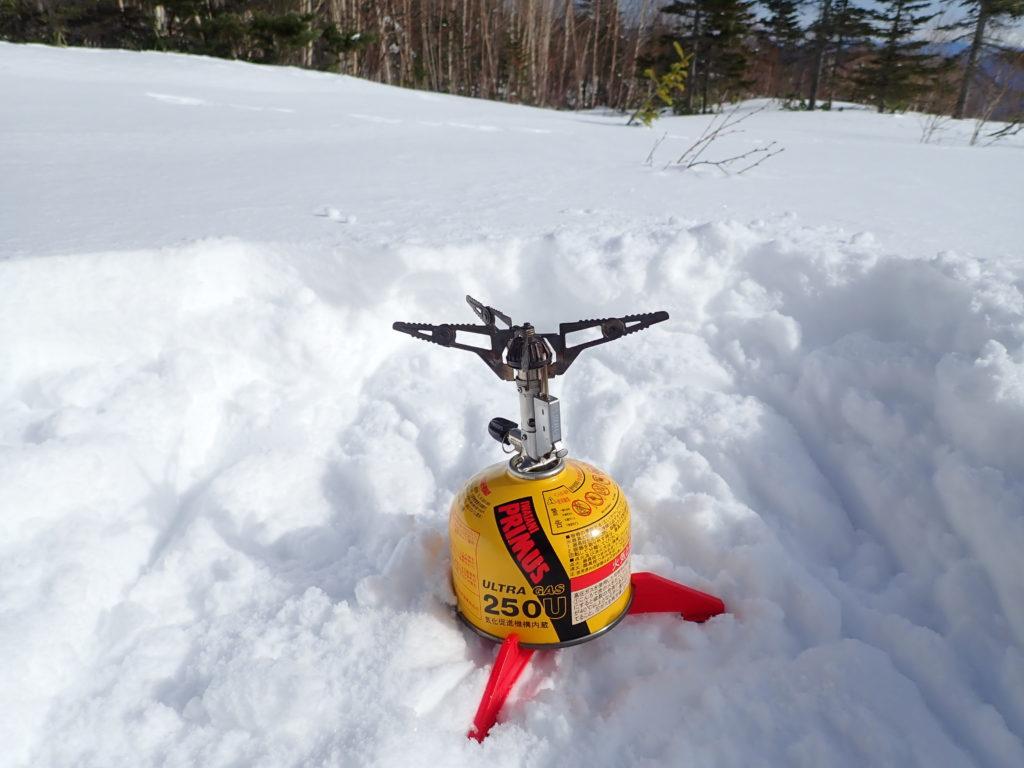 冬の乗鞍岳でP153ウルトラバーナーを使って雪上クッキング